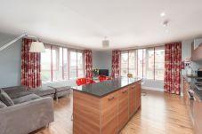 Apartment in Glasgow - Ingram 1