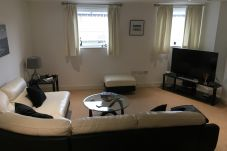Apartment in Ipswich - 1 Bed, Waterfront Area, Parking, (1st...